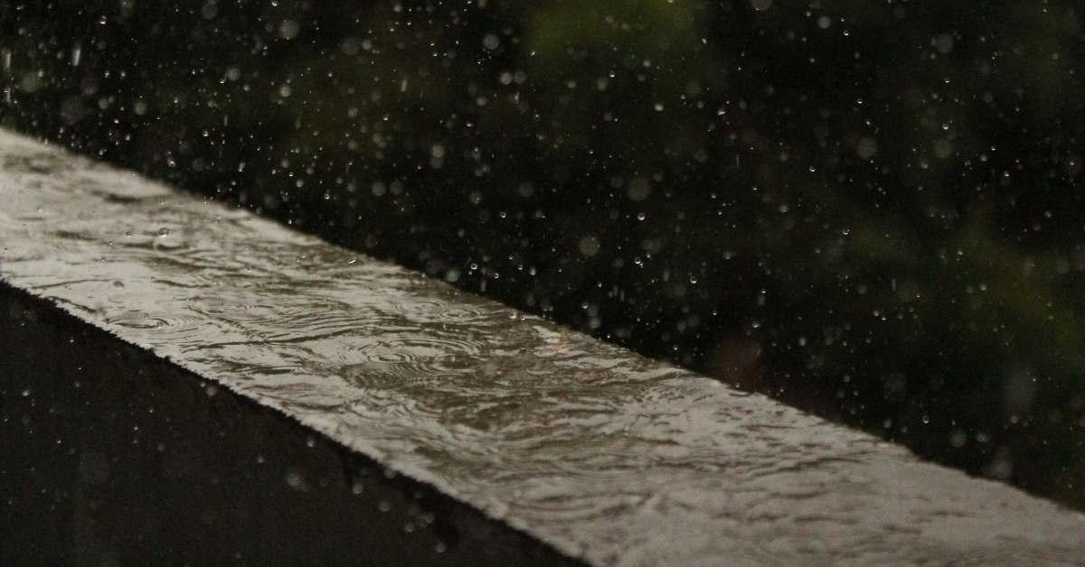 sering-turun-hujan-ketahui-cara-mengatasi-tembok-lembab-berikut-ini-am