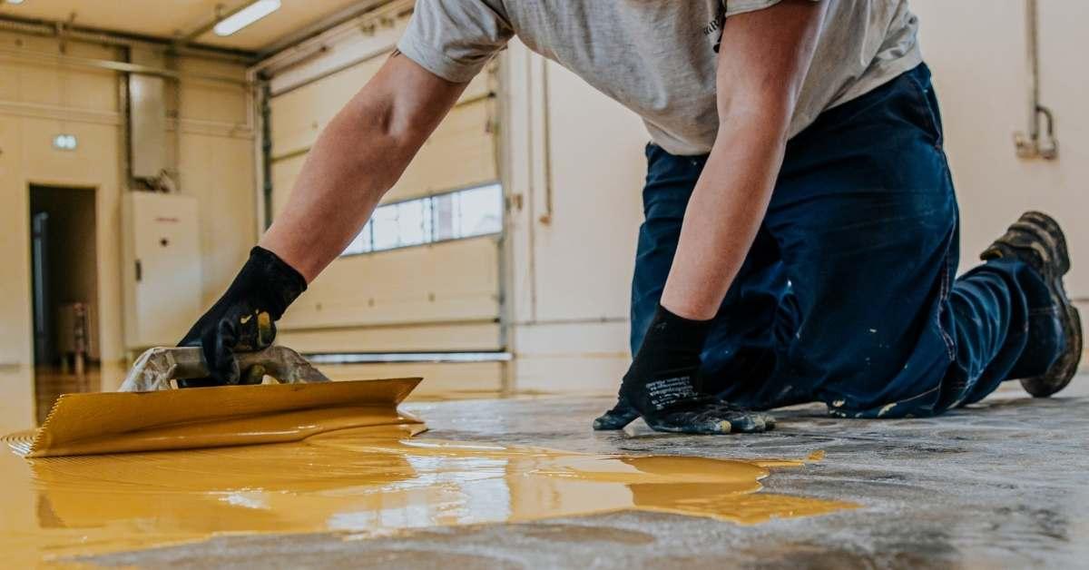 tips-merawat-lantai-rumah-minimalis-dengan-cairan-pelapis-lantai-am